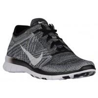 Nike Free TR 5 Flyknit - Women's Running Shoe - Black/Wolf Grey/White